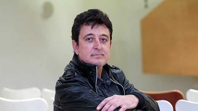 Manolo García: «Hay que morir con las botas puestas»