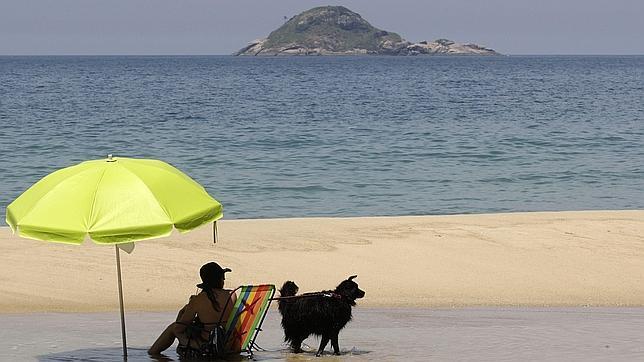 Imagen de la playa de Sao Conrado, en Rio de Janeiro