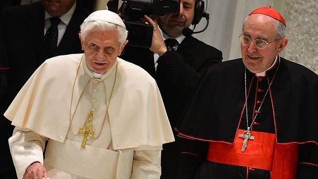 Benedicto XVI: «Permaneceré escondido para el mundo»