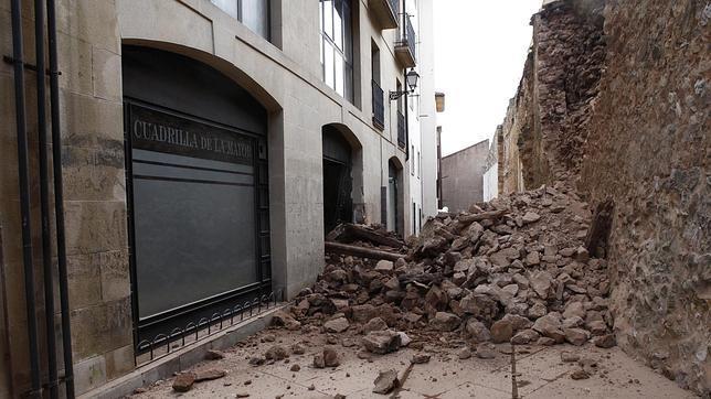Derrumbe en la muralla medieval de Soria