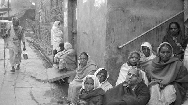 India, donde ser viuda supone estar muerta en vida
