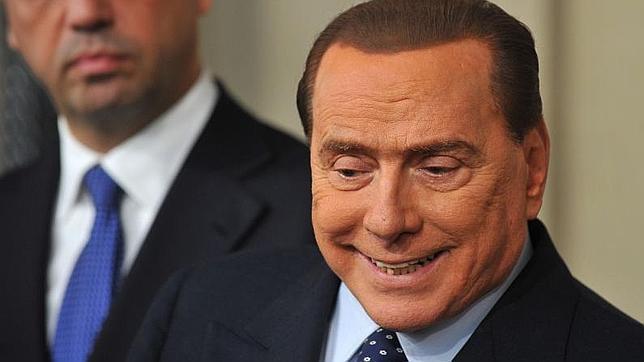 Berlusconi apoyaría al candidato del Partido Demócrata a cambio de un Gobierno de unidad