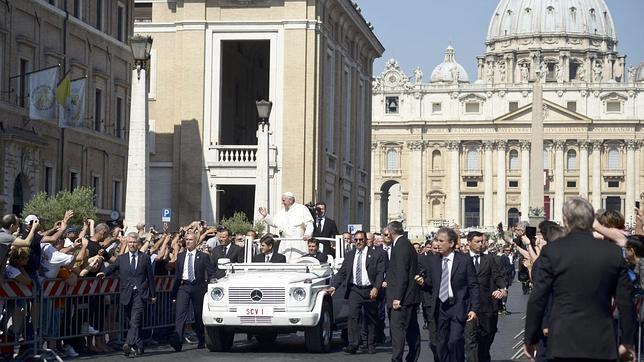 """El Papa Francisco: «Repetid conmigo: """"Dios, el Viviente y Misericordioso""""»"""