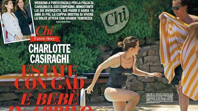 Imagen de Carlota saliendo de la piscina y luciendo «tripita»