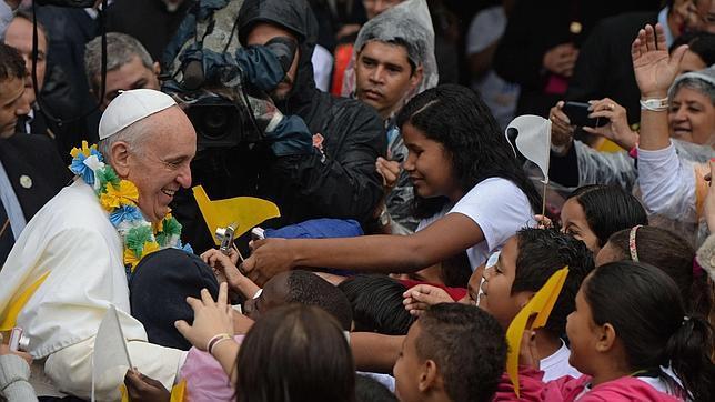 El Papa Francisco, en las favelas: «La verdadera riqueza está en el corazón»