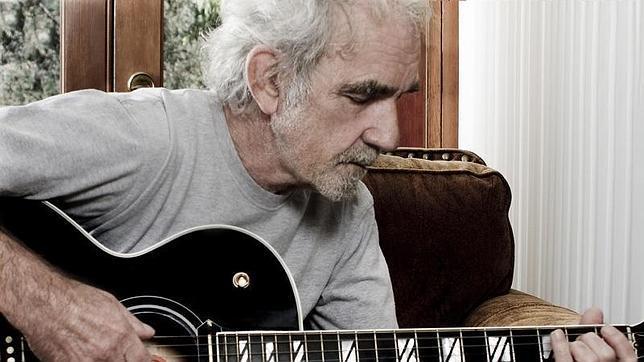 Fallece el compositor J.J. Cale, autor del «Cocaine» que popularizó Clapton