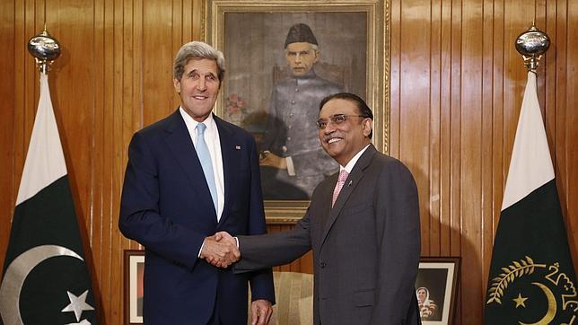 Obama estudia poner fin a los ataques con «drones» en Pakistán