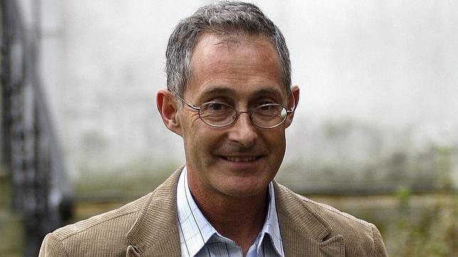 El grupo de medicina genómica está dirigido por el catedrático Ángel Carracedo