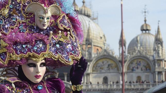 Cobran 100 euros por cuatro cafés y tres licores a un grupo de turistas en Venecia