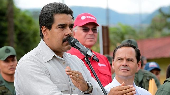 La oposición presenta nuevas pruebas sobre el origen de Nicolás Maduro