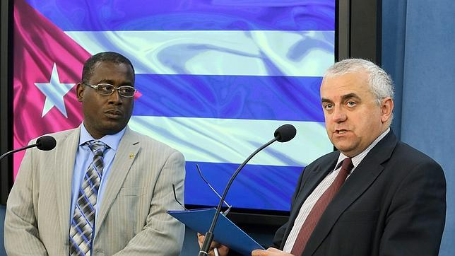 Los cubanos han realizado más de 180.000 viajes al extranjero tras la reforma, según el régimen