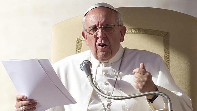 Papa Francisco: «Quien roba al Estado y dona a la Iglesia es un hipócrita corrupto»