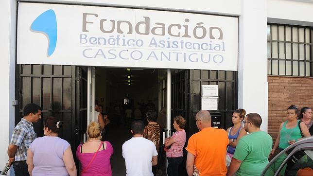 El 20% de los españoles con mayores rentas acapara el 44% de los ingresos
