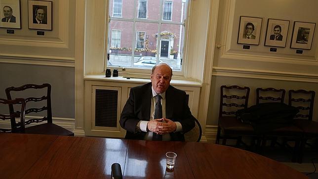 Irlanda presenta su hoja de ruta económica hasta 2020 tras dejar atrás el rescate