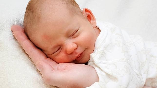 como enseñarle a un bebe a dormir solo