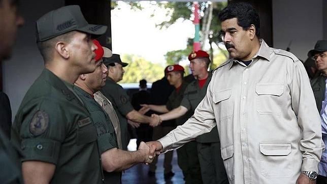 Maduro amenaza con inhabilitar de por vida a algunos opositores