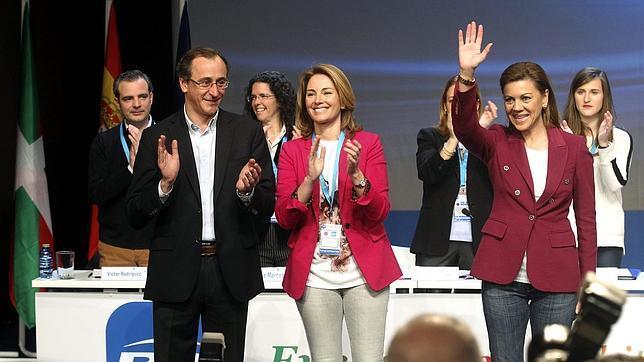 Quiroga pide «perdón» por «dañar la imagen» del PP vasco y reclama apoyo a un «liderazgo plural»