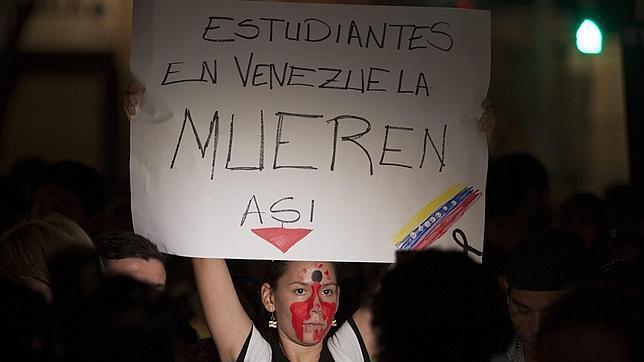 Los estudiantes venezolanos convocan otra marcha para conmemorar un mes de protestas