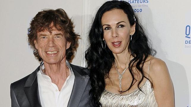 La hermana de L'Wren Scott acusa a Mick Jagger de convertir su funeral en un «circo»