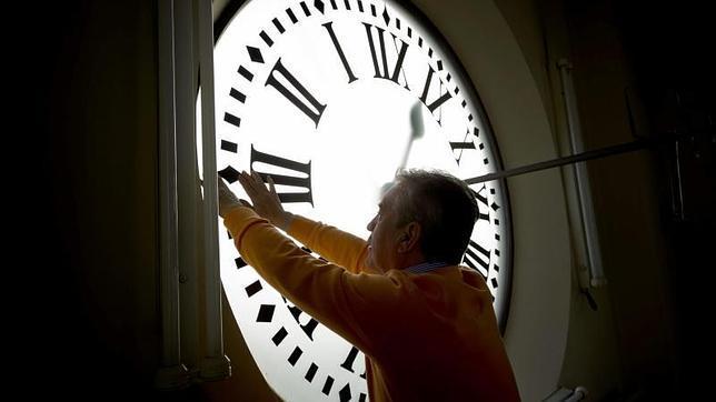 La Universidad de Oxford recomienda a España europeizar sus horarios
