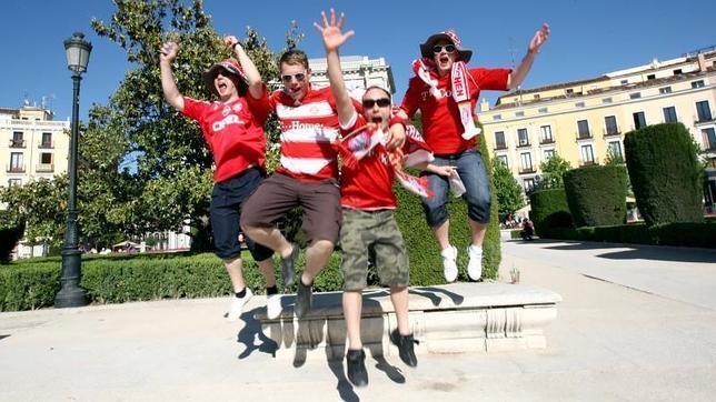 Los seguidores del Chelsea y el Bayern dejarán en Madrid 1,6 millones de euros