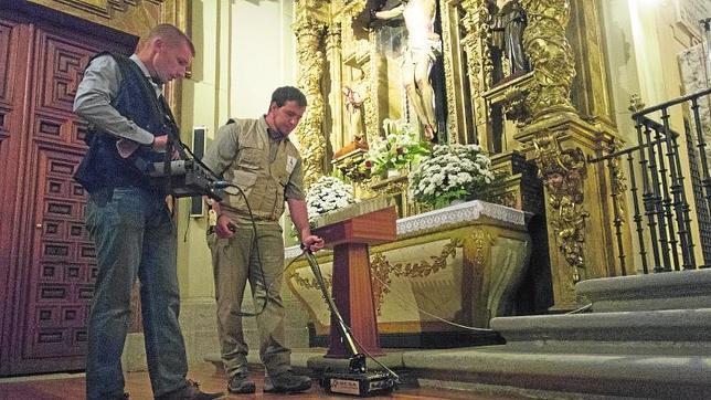 Primeras labores de exploración en el Convento de las Trinitarias, el pasado lunes