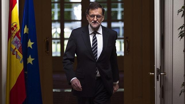 Rajoy expresa la «impagable deuda de gratitud» hacia Don Juan Carlos