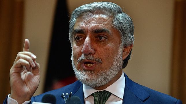 Abdulá denuncia fraude y pide la  suspensión del recuento de las elecciones en Afganistán