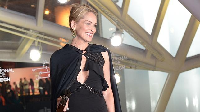 Sharon Stone: «Estoy disponible para salir con alguien»