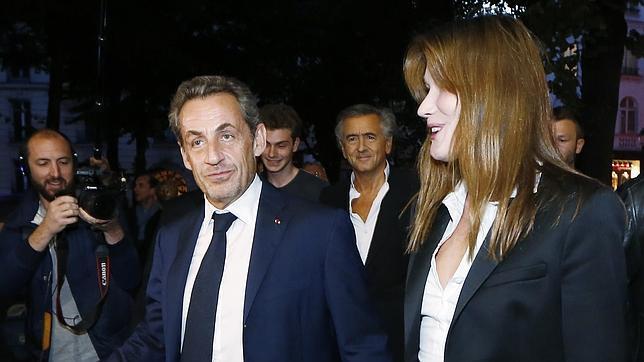 Sarkozy y Burni, a su llegada a un teatro parisino el pasado 12 de septiembre