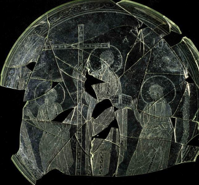 La pieza, elaborada en vidrio, ha sido reconstruida en más del 80 por ciento