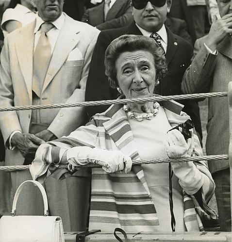 La duquesa de Dúrcal en la corrida de San Isidro de 1973