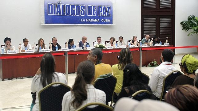 Conferencia de prensa ofrecida por el último grupo de víctimas del conflicto en Colombia el pasado 16 de diciembre en La Habana