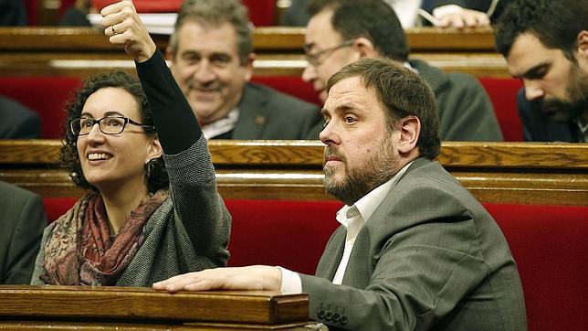 Marta Rovira y Oriol Junqueras, en el Parlament