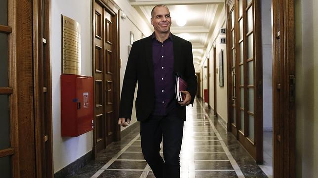 Varoufakis explica que si Bruselas no acepta el plan propuesto por Grecia «podrían existir problemas»