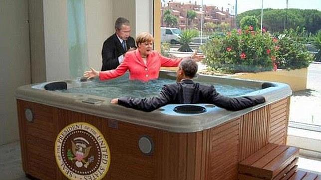 Bush masajea a Merkel mientras que Obama observa relajado, en uno de los memes surgidos tras la reunión del G7 en los Alpes