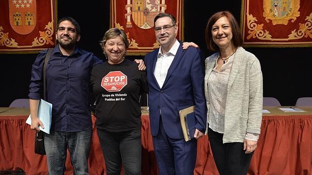 De izquierda a derecha, Santiago Fernández Fernández-Caballero (Portavoz), Rosa Agudo de Blas, Javier Carrillo Castaño y Paloma Agudo de Blas