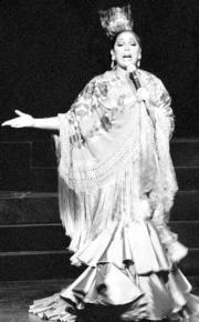 Isabel Pantoja da un recital de sabiduría escénica en «A tu vera». ABC