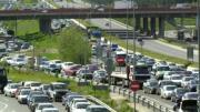 La carretera de Valencia registró las mayores retenciones en el primer día de la operación salida. Julián de Domingo