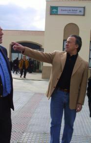 Alejandro Gil, consejero de Obras Públicas, ayer en rueda de prensa. Efe
