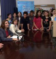 Mercedes Alonso durante la presentación de la exposición en Rojales. ABC
