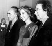 Chillida y Tàpies coincidieron en 1991 en la entrega del premio Tomás FranciscoPrieto, que otorga la Casa de la Moneda y que estuvo presidido por la Reina. ABC