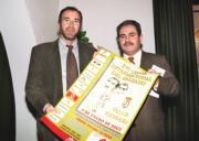 Martín del Burgo junto a Santiago Merchán, organizador de la prueba. HUERTAS FRAILE