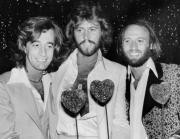 Robin, Barry y Maurice Gibb, en 1978 en el estreno de la película «Sgt. Pepper´s lonely hearts club band» en Hollywood. AP