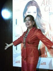 ángela Carrasco Reaparece En El Panorama Musical