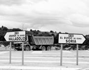 F. HERAS  El desdoblamiento de la N-122 es una exigencia tanto del PP como del PSOE  ICAL  El PP de Valladolid espera que Villanubla cuente en 2006 con el sistema antiniebla
