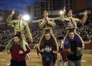 EFE  Jesulín, El Fandi y El Juli abandonan a hombros la plaza