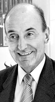 E. C.  Miquel Roca