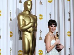 Penélope Cruz se aferra con fuerza al Oscar /REUTERS