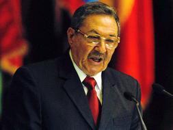 Raúl Castro destituye a otros dos altos cargos del Gobierno